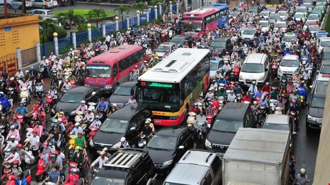 Nghị luận về cách ứng xử trong văn hóa giao thông ở nước ta hiện nay