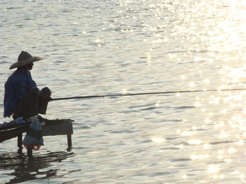 Phân tích bài Mùa thu câu cá của Nguyễn Khuyến