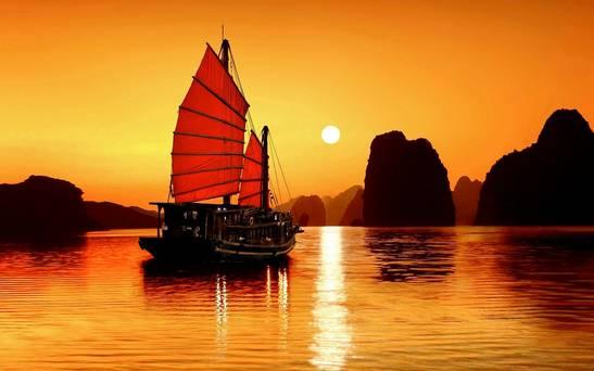Phân tích tác phẩm Chiếc Thuyền Ngoài Xa của Nguyễn Minh Châu