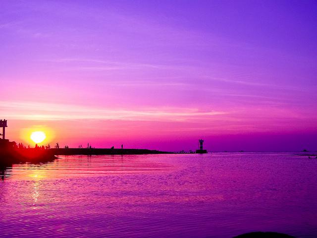 Tả cảnh hoàng hôn trên biển