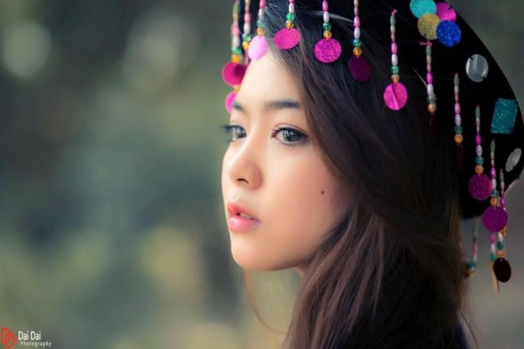 Phân tích nhân vật Mị trong Vợ Chồng A Phủ của nhà văn Tô Hoài