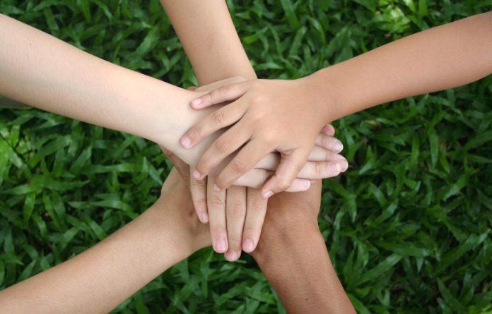 Nghị luận xã hội về tinh thần đoàn kết